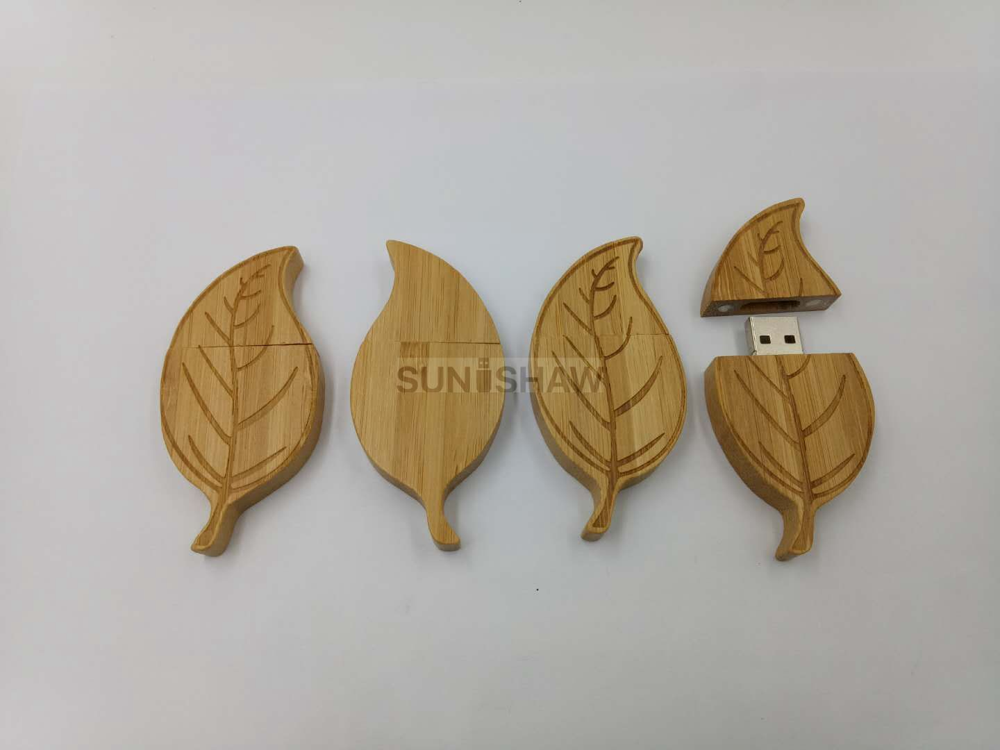 SD-012 Eco-friendly leaf shaped bamboo usb flash drive with customized brand